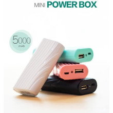 Joyroom ® Convenience High Capacity 5000mAh Lightweight with Inbuilt LED Torch 5,000 mAh Power Bank